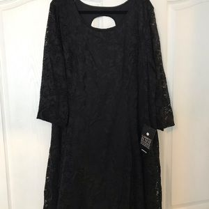 Black lace dress. Size 26/28 NWT from Avenue